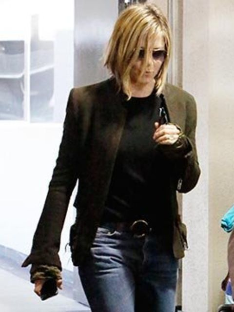 <p>Jennifer Aniston's new haircut</p>