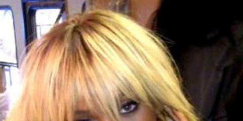 1328267206-rihanna-goes-blonde-for-us-elle