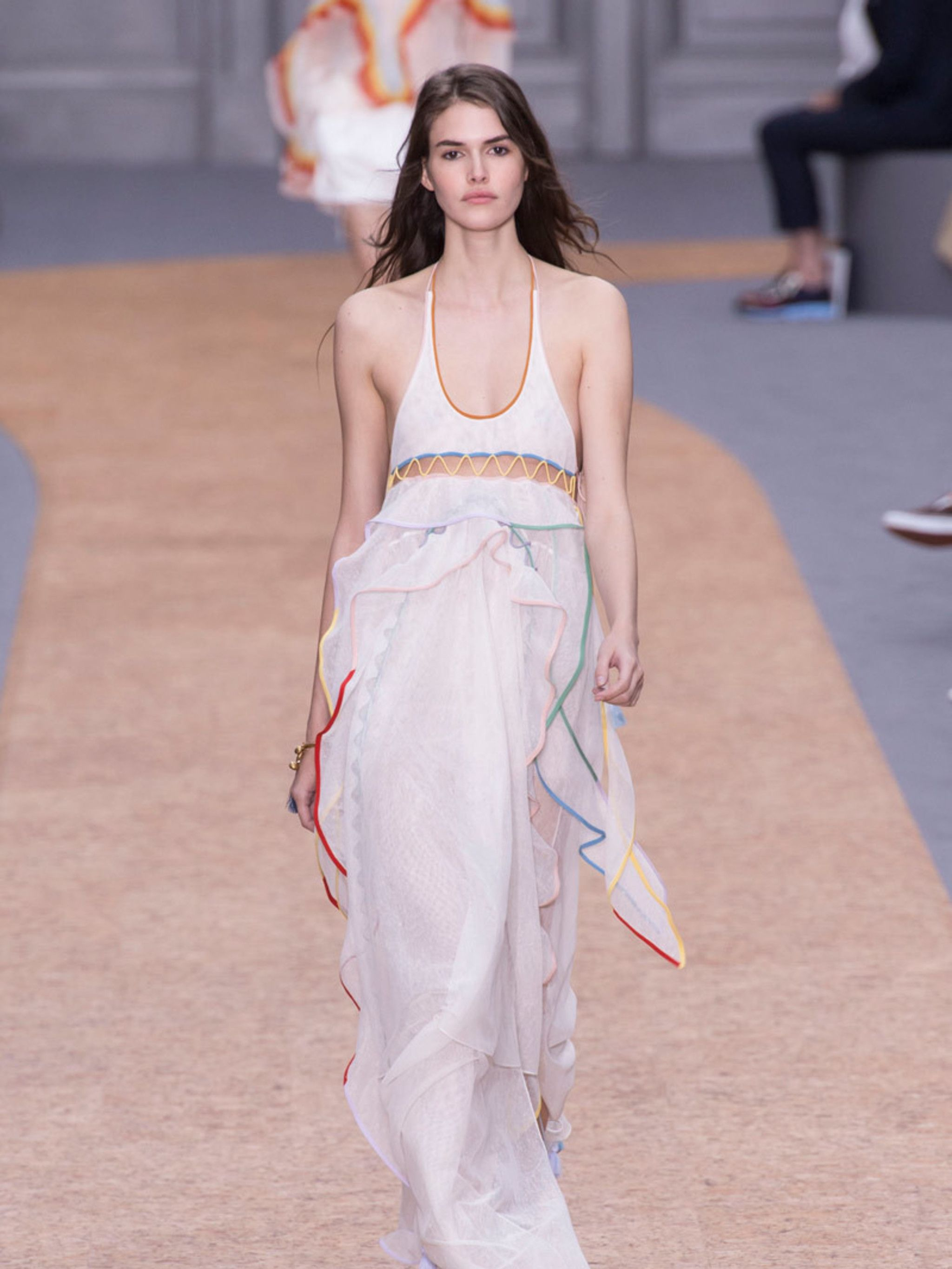39 Wedding Dresses That Are Perfect For A Summer 2016 Wedding