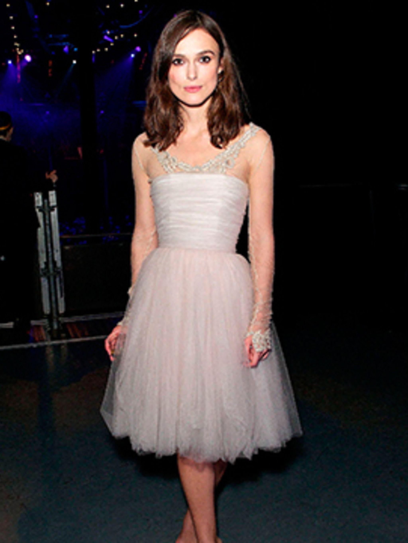 Keira Knightley wrecks wedding dress