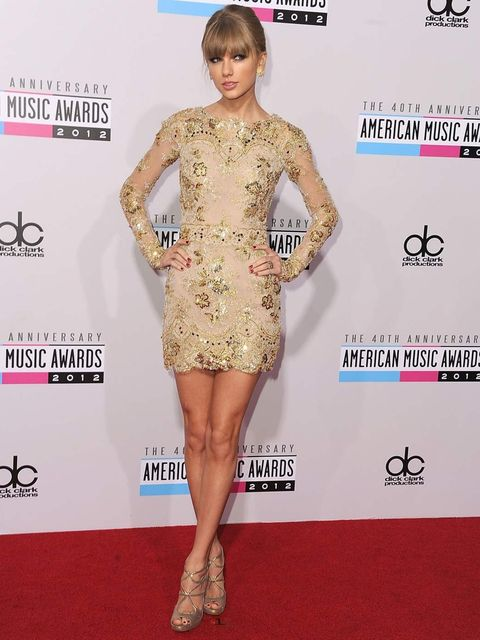 <p>Taylor Swift in Zuhair Murad at the American Music Awards</p>