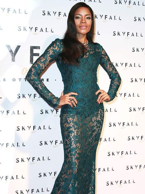 <p>Naomie Harris in Dolce &amp&#x3B; Gabbana at the Skyfall premiere in Rome</p>