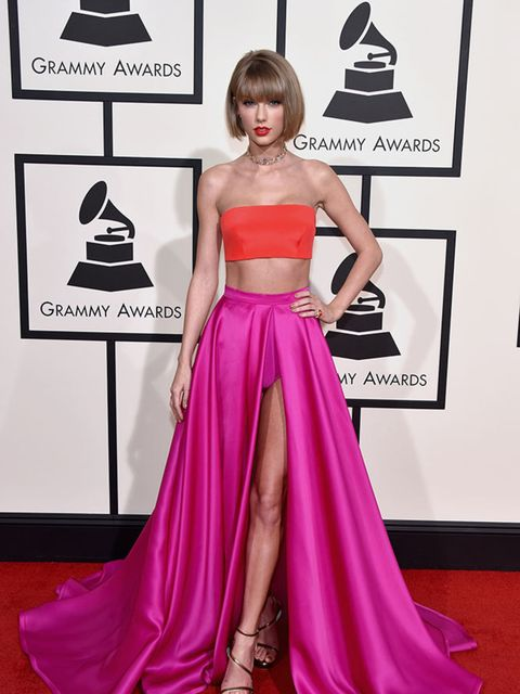<p>Taylor Swift in Atelier Versace at the Grammy Awards 2016 in LA, February 2016.</p>