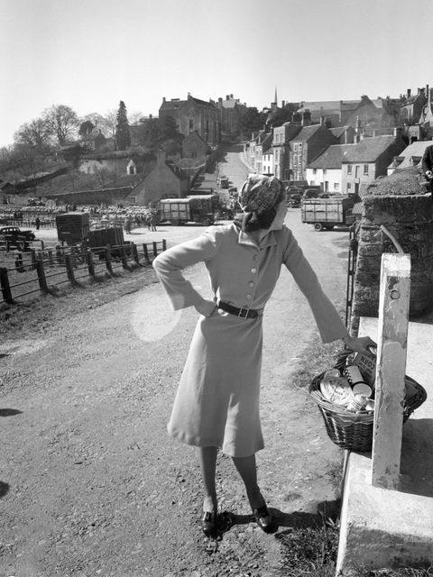 <p>A model wearing a Norman Hartnell dress, the Cotswolds, 1942.</p>