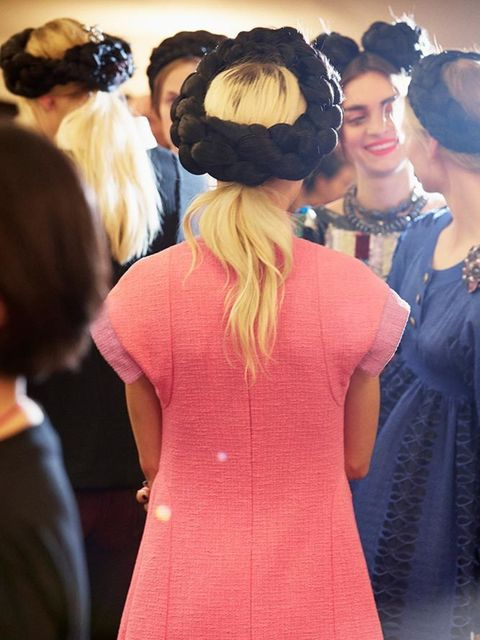 chanel_cruise_2015_16_collection_backstage_photography_credit_benoit_peverelli_02