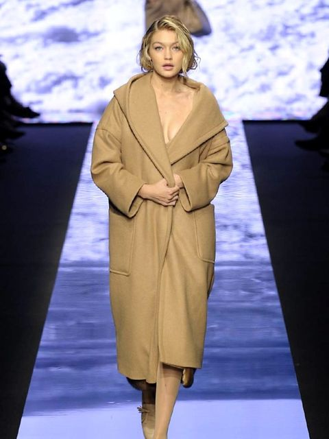 max-mara-autumn-winter-2015-look-1