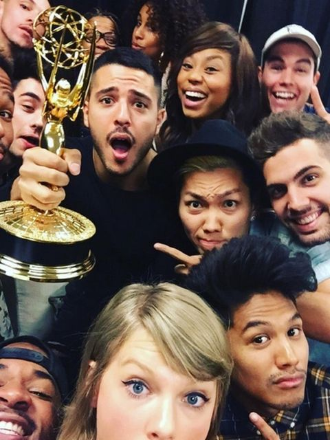 <p>2015 has been Taylor's year, undoubtedly. Here she is enjoying her Emmy win with her squad: 'If you need us, we'll be taking selfies with the Emmy ALL DAY' she wrote. Is #EmmySelfie the new #Ocscar Selfie?</p>