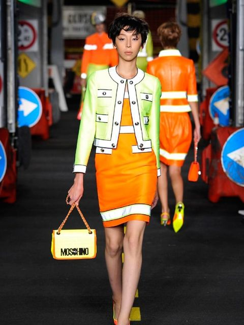 moschino-spring-summer-2016-look-3