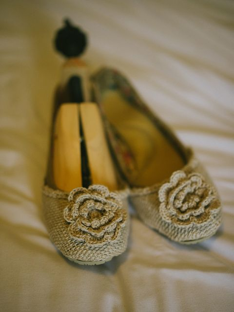 <p>Anticipating that I would be standing up most of the day, I wanted shoes that were practical and flat.</p>