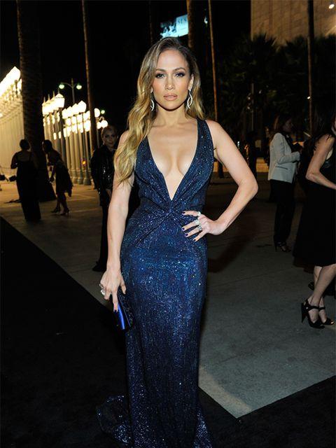 <p>Jennifer Lopez wears a Gucci Premi&egrave&#x3B;re navy blue silk georgette dress to the LACMA Art + Film Gala, November 2014.</p>
