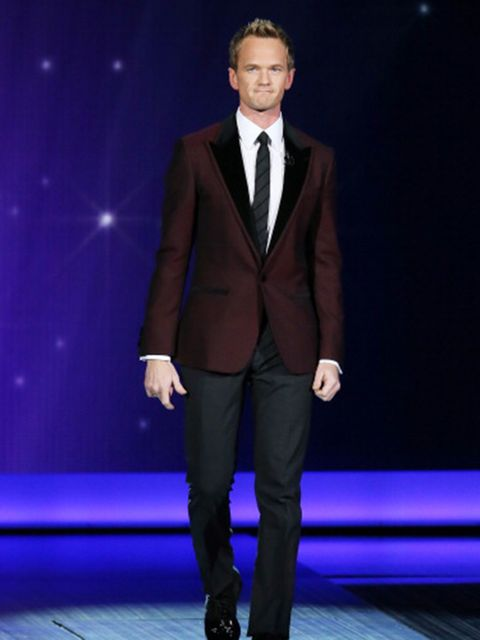 Neil Patrick Harris is a whiz at magic, just like his character Barney on HIMYM.