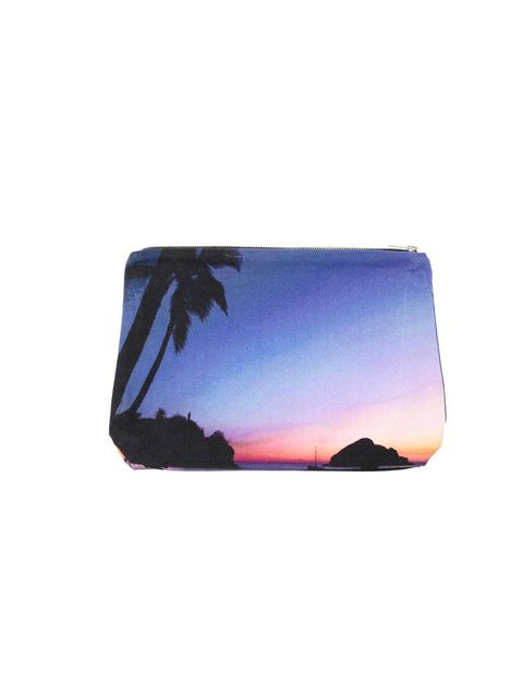 "<p>Samudra sunset print clutch, £60, at Browns</p><p><a href=""http://shopping.elleuk.com/browse?fts=samudra+sunset+clutch"">BUY NOW</a></p>"