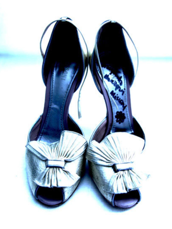 <p>Margherita Missoni's silver heels</p>