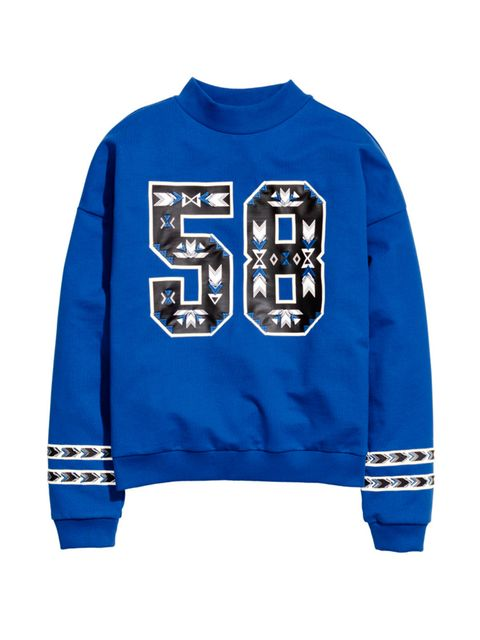 "<p><a href=""http://www.hm.com/gb/product/04313?article=04313-A"" target=""_blank"">H&M</a> Sweatshirt, £9.99</p>"