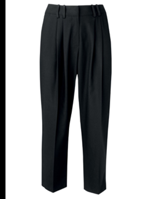 "<p>Black peg-leg trousers £25 by <a href=""http://www.dorothyperkins.co.uk"">Dorothy Perkins</a></p>"