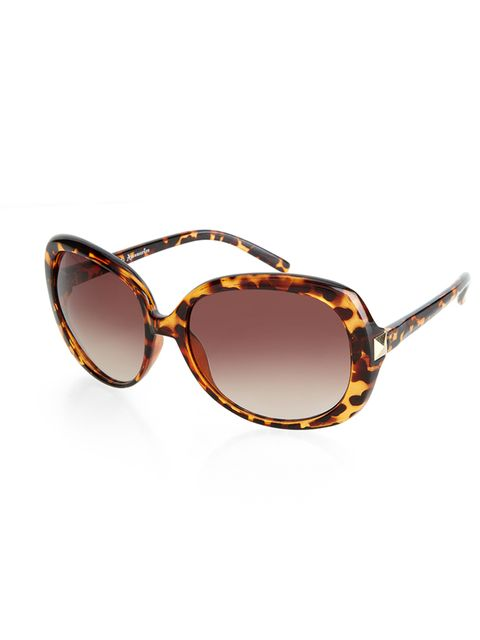 "<p><a href=""http://uk.accessorize.com/view/product/uk_catalog/acc_5.2/7932612700"" target=""_blank"">Accessorize</a> sunglasses, £15</p>"