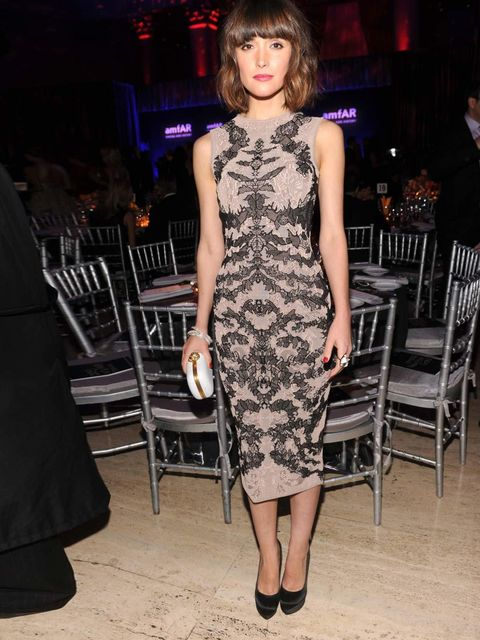 "<p>Rose Byrne wearing an <a href=""http://www.elleuk.com/catwalk/designer-a-z/alexander-mcqueen/spring-summer-2012"">Alexander McQueen Spring 2012</a> dress at the amfAR New York Gala to kick off A/W 2012 Fashion Week</p>"
