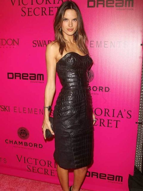 <p>Alessandra Ambrosio at the Victoria's Secret After Show Party, 9 November 2011</p>