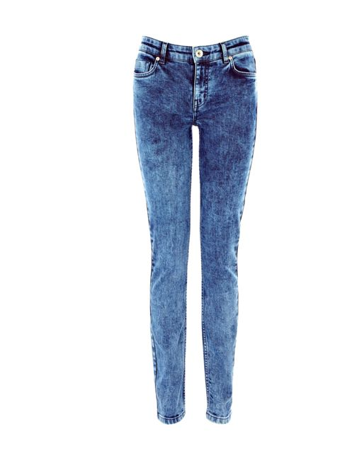"<p>Cropped tops and platform trainers are back in the shops, and now another 90s favourite is in store: bleached denim… <a href=""http://www.oasis-stores.com/ALLDenim/dept/fcp-category/categorylist?resetFilters=true"">Oasis</a> skinny jeans, £45</p>"