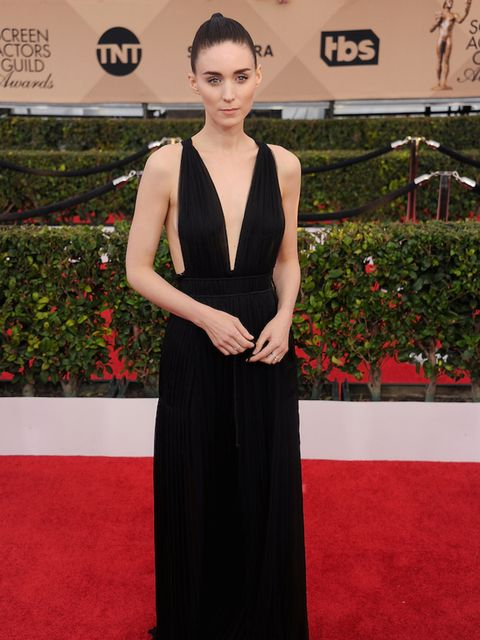 <p>Rooney Mara in a rather simple Maison Valentino dress. </p>