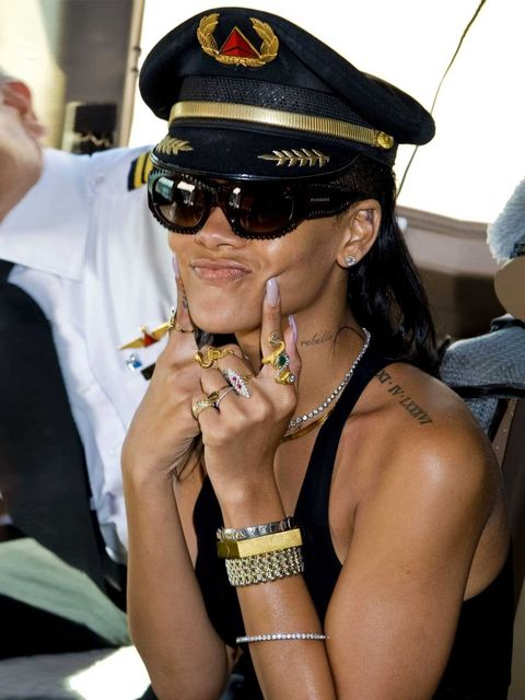 <p>Rihanna on her 777 tour</p>