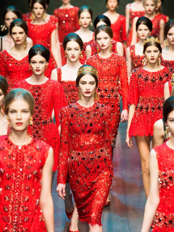 Milan Fashion Week  ELLE s Dolce   Gabbana Catwalk Review  23fc7e27e2c04