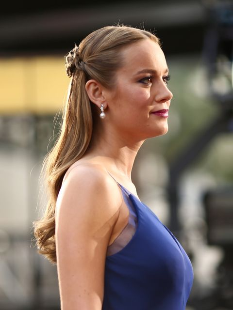 <p>Brie Larson had won on the Oscars red carpet even before she got her statue, with a ladylike embellished up do. </p>