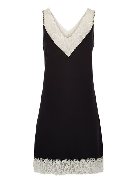 "<p>Slip dress, £27.99, <a href=""http://www.newlook.com/shop/womens/dresses/black-premium-lace-trim-slip-dress-_371386609?productFind=search"" target=""_blank"">New Look</a></p>"