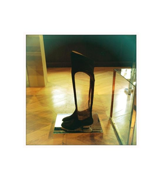 <p>Atalanta Weller showcased her new collection at the Groucho Club where these amazing vinyl boots were on display...</p>