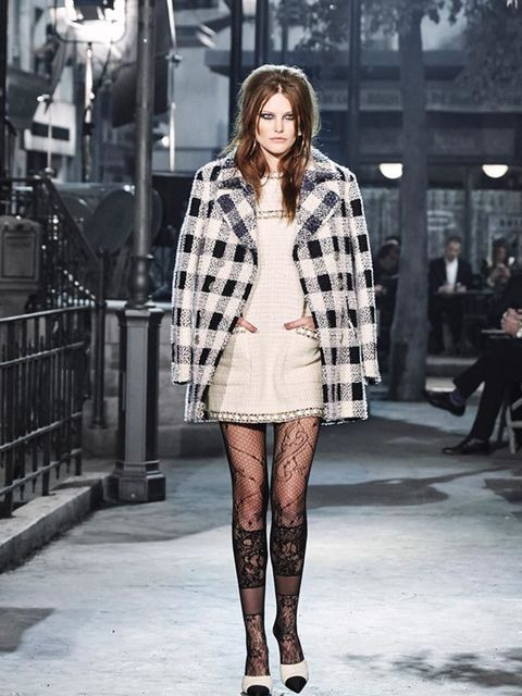 chanel_paris_in_rome_2015-16_metiers_dart_gallery_01