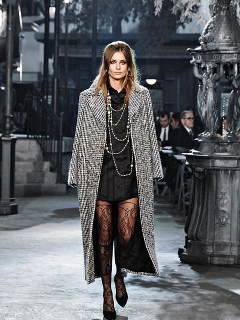 chanel_paris_in_rome_2015-16_metiers_dart_gallery_03