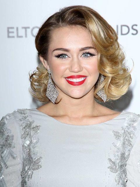 <p>Miley Cyrus</p>