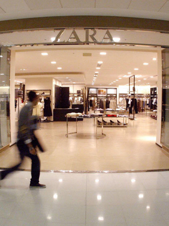 <p>A Zara store in Spain</p>
