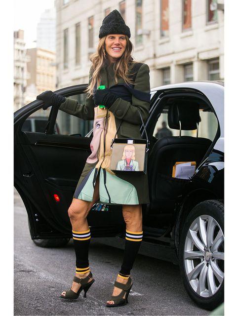 <p>Anna Dello Russo wears a total Prada outfit.</p>