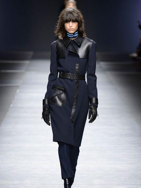 versace-aw16-milan-fashion-week-imaxtree-3