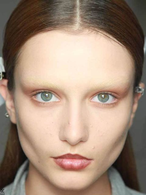 <p>Givenchy spring/summer 2010 </p>