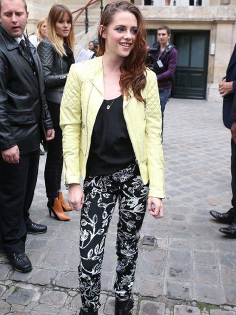 <p>Kristen Stewart Balenciaga Spring Summer 2013</p>