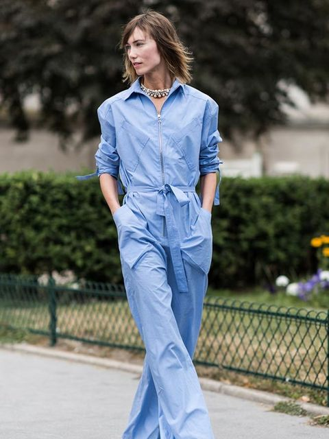 <p>Anya Ziourova</p>  <p>Rosie Assoulin jumpsuit, Pierre Hardy shoes</p>