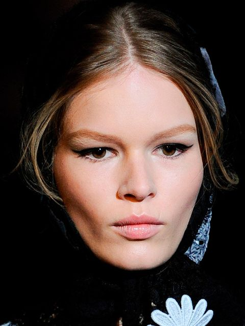 <p>Make-up Artist: Pat McGrath for Dolce and Gabbana Make-up</p><p>Look: Signature Flick</p><p>Inspiration: Pat referenced enchanted fairytale characters and Dolce's trademark eyeliner flick.</p><p>Key Produc