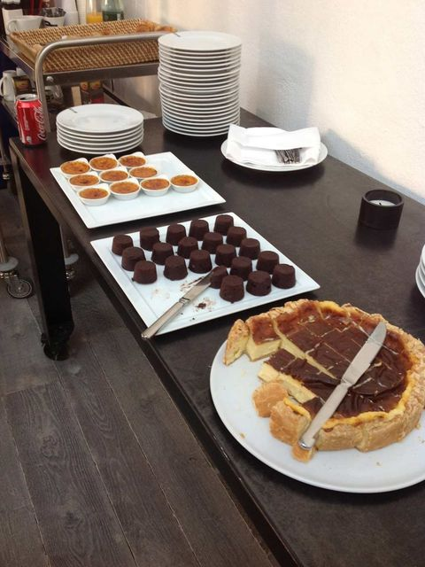 <p>Amazing desserts at the studio. Creme brulee, brownies and cheesecake.</p>