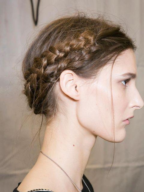 "<p>At <a href=""http://www.elleuk.com/catwalk/designer-a-z/viktor-and-rolf/autumn-winter-2013"">Viktor and Rolf</a> models were given <a href=""http://www.elleuk.com/beauty/beauty-notes-daily/get-scarlett-s-super-hero-hair"