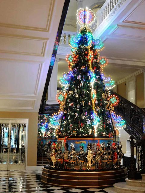 "<p>The Claridges Christmas tree is always a highlight on the festive calendar, and this year's tree, designed by <a href=""http://www.elleuk.com/catwalk/designer-a-z/dolce-gabbana/spring-summer-2014"">Domenico Dolce and Stefano Gabbana</a> certainly doesn't"