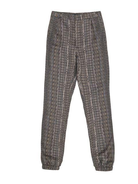 "<p><a href=""http://www.zara.com/webapp/wcs/stores/servlet/category/uk/en/zara-S2012/189505/Trousers"">Zara</a> printed pyjama trousers, £35.99</p>"