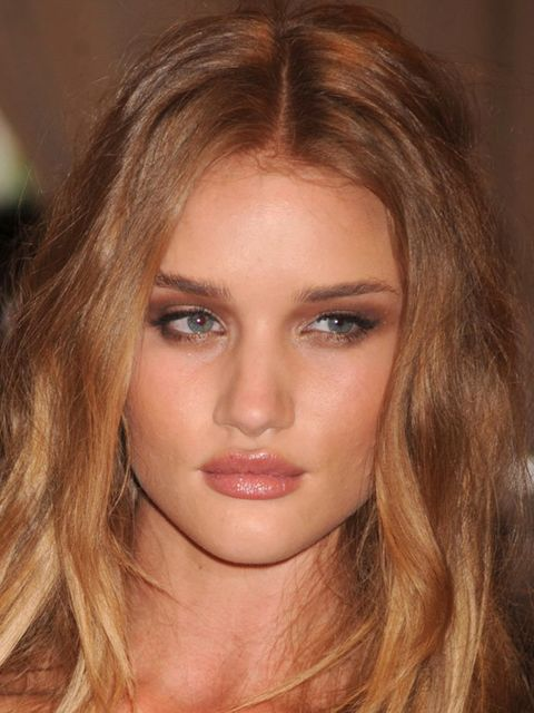 "<p><a href=""http://www.elleuk.com/news/Star-style-News/rosie-huntington-whiteley-turns-actress"">Find out what Rosie's surprising new job is....</a></p>"