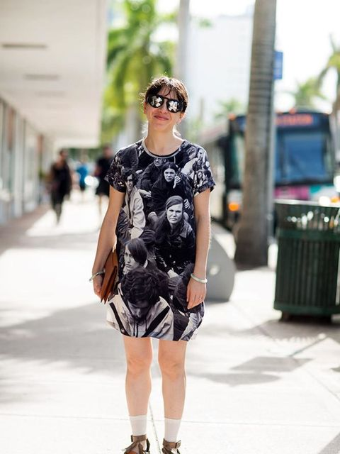 <p>Sara Greenberger Rafferty wears Alexandra Cassaniti sunglasses, Nili Lotan dress, Jade bracelet, Hansel from Basel socks, vintage clutch, Acne sandals.</p>