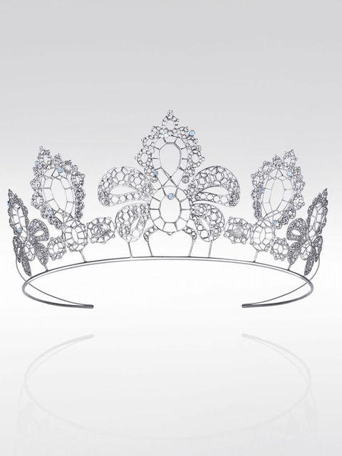 <p>Vivienne Westwood for Palladium - Gainsborough tiara </p>