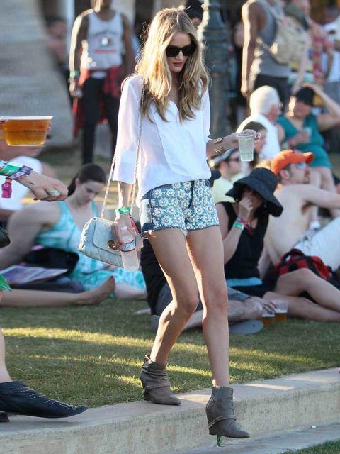 "<p><a href=""http://www.elleuk.com/star-style/celebrity-style-files/rosie-huntington-whiteley"">Rosie Huntington-Whiteley</a> at Coachella 2012</p>"