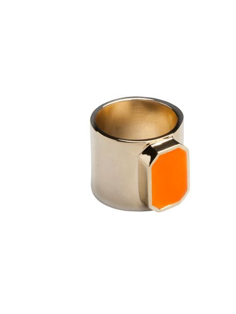 """<p><a href=""""http://www.stories.com/Jewellery/Rings/Rubber_gem_ring/582802-560909.1"""">Ring</a>, £17</p>"""