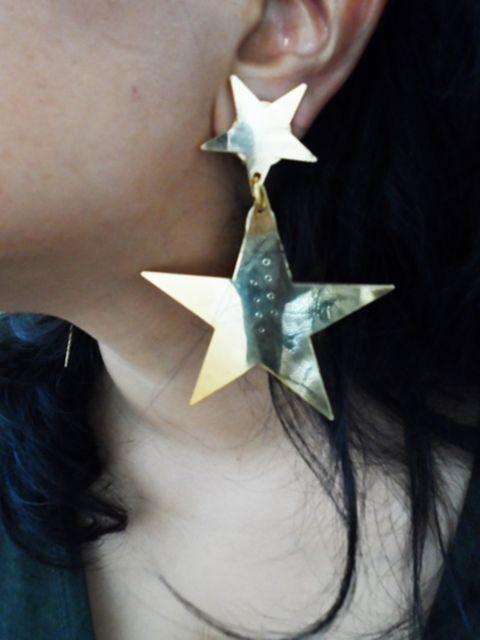 <p>Vanina star earrings</p>