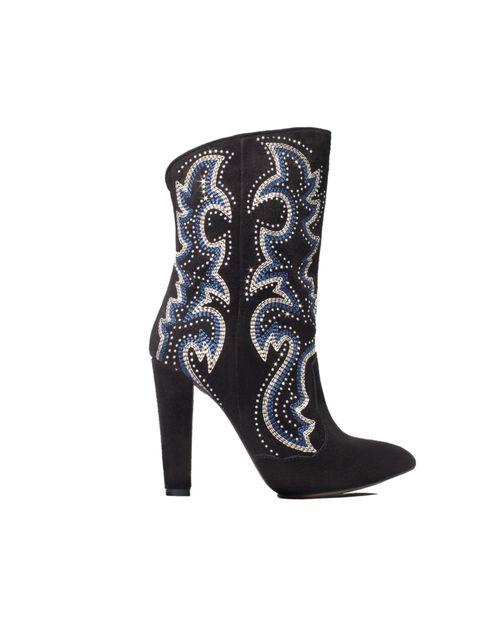"""<p><a href=""""http://www.zara.com/webapp/wcs/stores/servlet/product/uk/en/zara-neu-W2012/269191/955526/STUDDED%20HIGH%20HEEL%20COWBOY%20BOOTS"""">Zara</a> studded cowboy boots, £99.99</p>"""